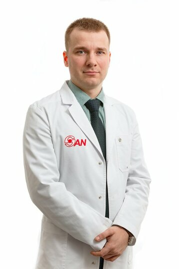 Нарколог, анестезиолог-реаниматолог Круглов Антон Сергеевич